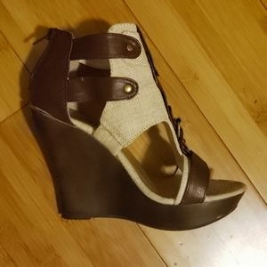Womens's wedge shoes